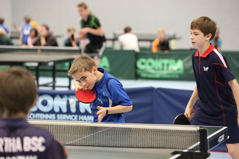 Holten den 1. Platz im Schüler-B-Doppel: Nils Winterberg (links) und Jim Appel